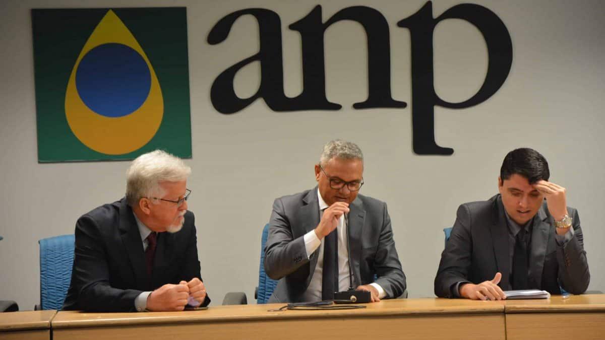 ANP debate mudanças nas regras de combustíveis de aviação