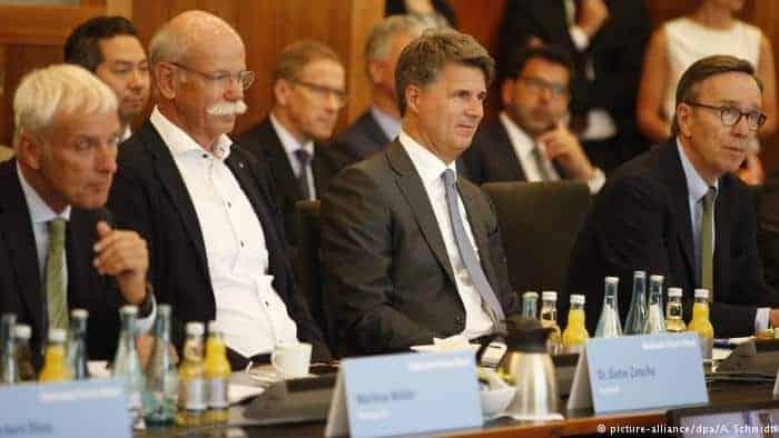 Cúpula evita proibição de carros a diesel na Alemanha