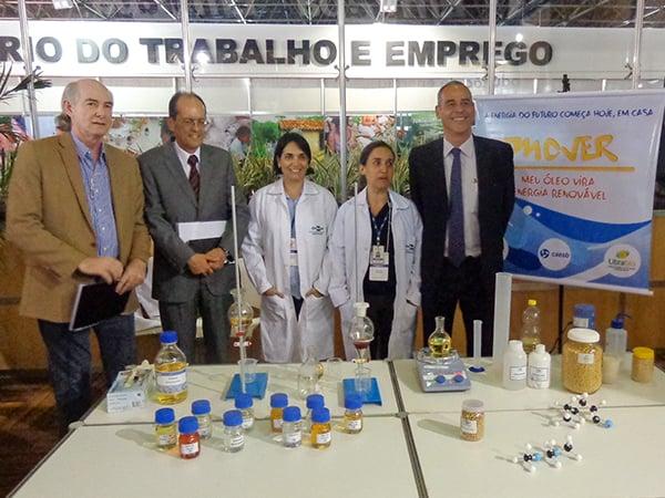 Ministro da Ciência, Tecnologia e Inovação visita estande da Embrapa e conhece o projeto M.O.V.E.R.