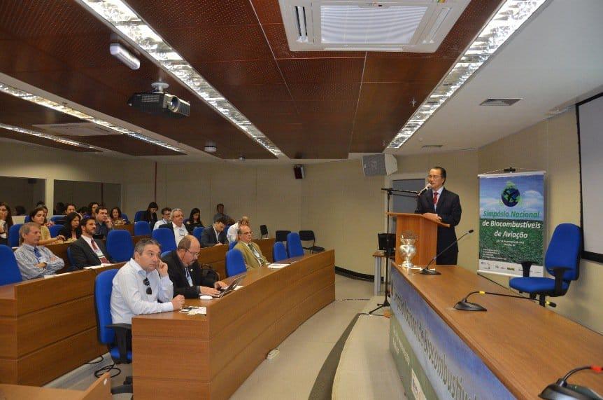Investimentos em bioquerosene são apresentados em Simpósio na Embrapa