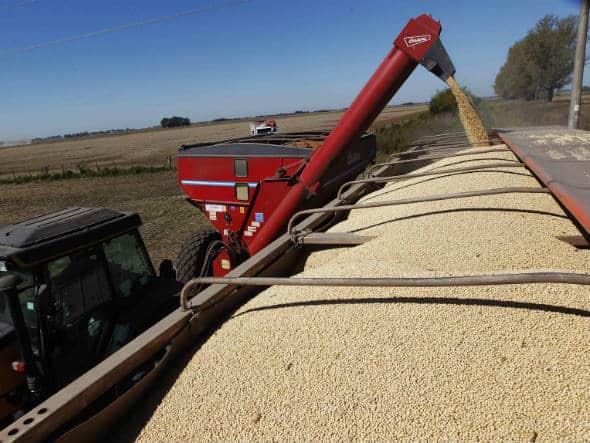 Preço do frete da soja deve subir 10% com grande safra e repasse do diesel