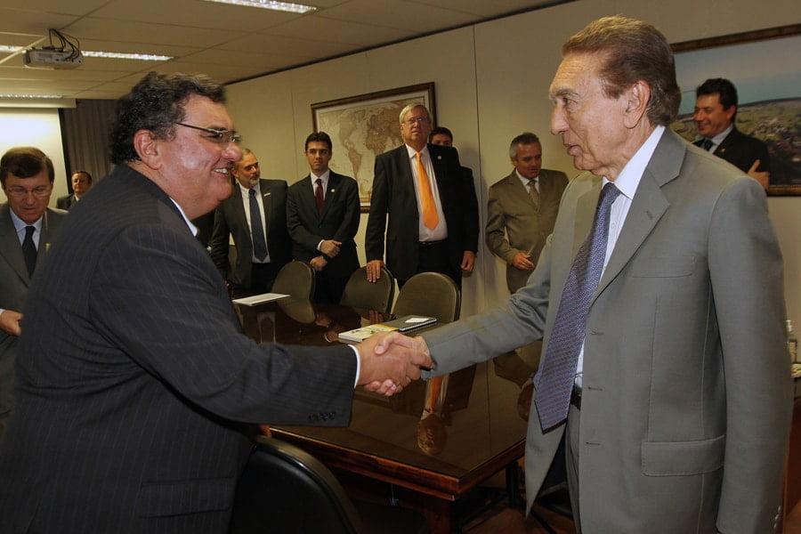 Presidente do Conselho Superior da Ubrabio, Juan Diego Ferrés, e o ministro de Minas e Energia, Edison Lobão.
