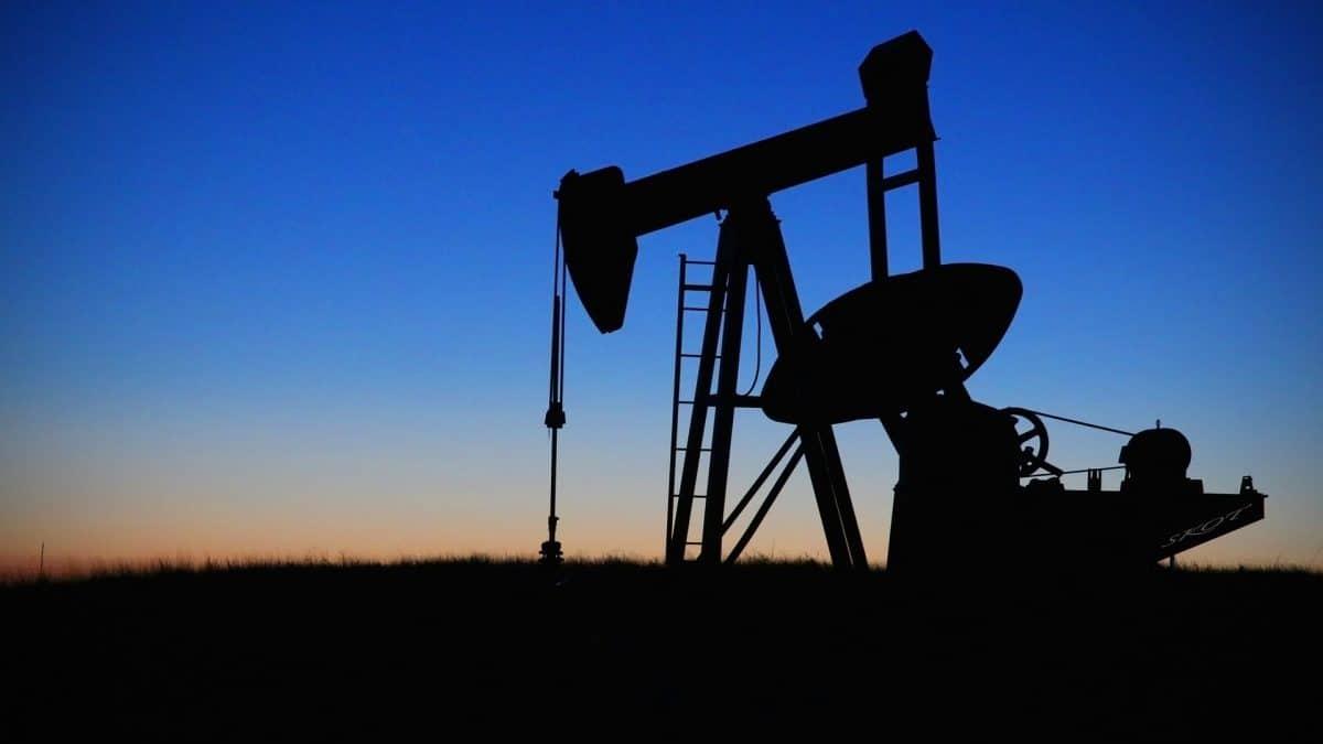 Cresce temor de que preço do petróleo suba para mais de US$ 150