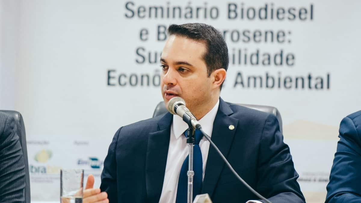 Renovabio encaminha para garantir o desmatamento zero, afirma deputado