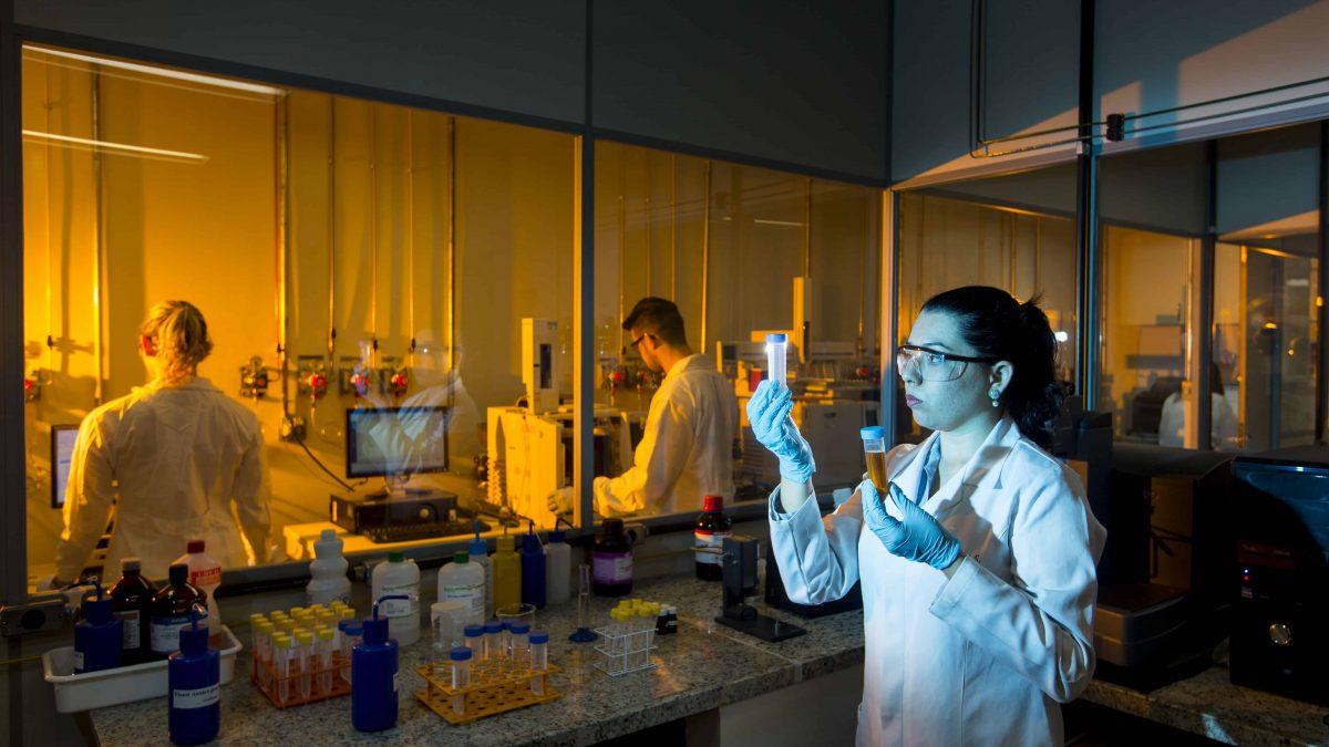 Minas Gerais fortalece pesquisas e estimula produção de bioquerosene para aviação