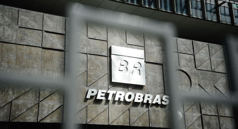 Clipping 1ª edição: Petrobras sobe gasolina e reajusta diesel