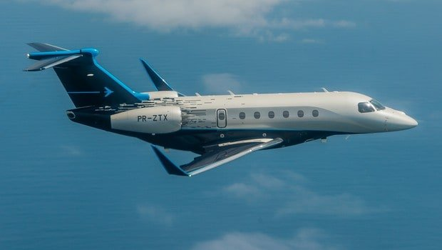 Jato da Embraer realiza primeira travessia transatlântica abastecido por biocombustível