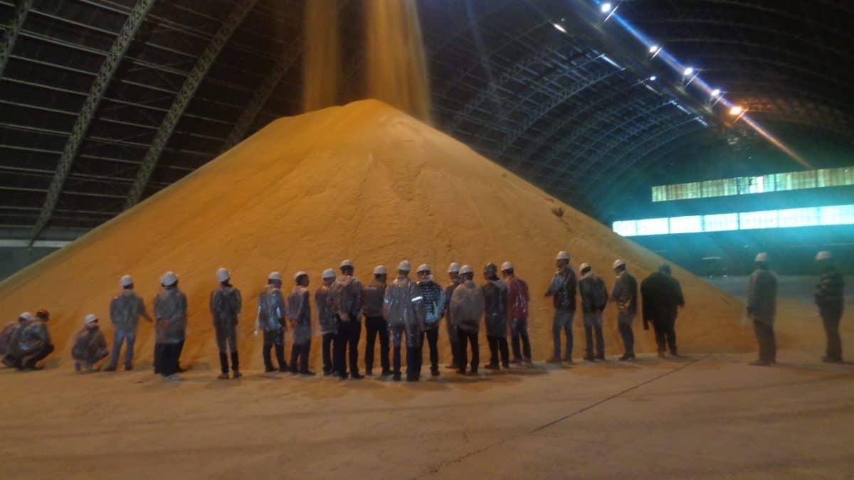 Bianchini realiza dia de fábrica para a agricultura familiar cooperativada