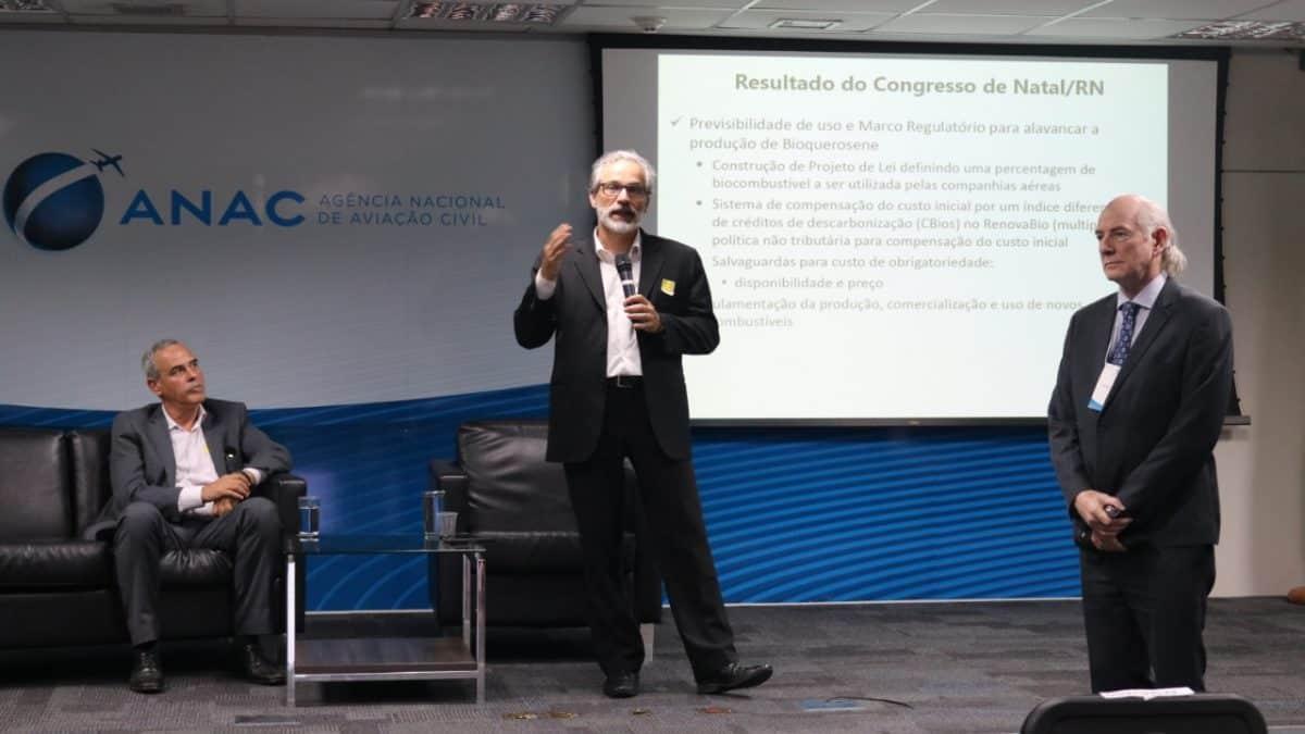 """Ponte inovação: Bioquerosene: """"Temos matéria-prima e tecnologia, falta política pública"""""""