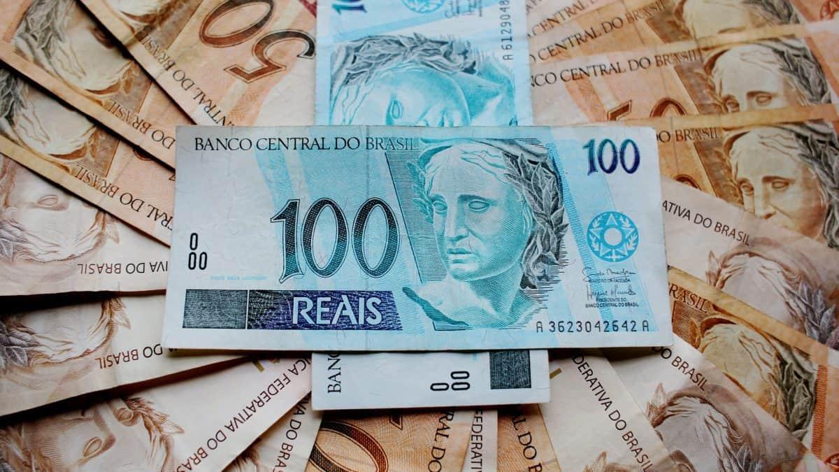 Clipping 2ª edição: PIB do Brasil recuará 7,4% em 2020