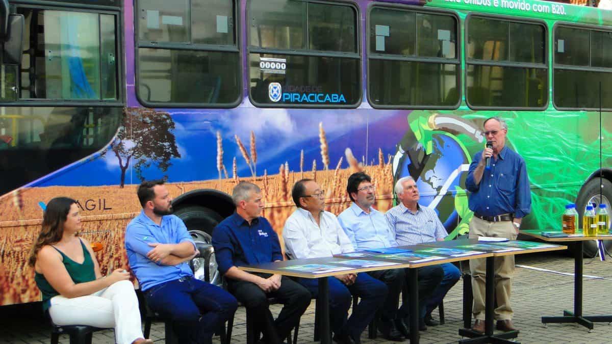 Em Piracicaba (SP), ônibus vão usar 20% de biodiesel para avaliar redução de emissões