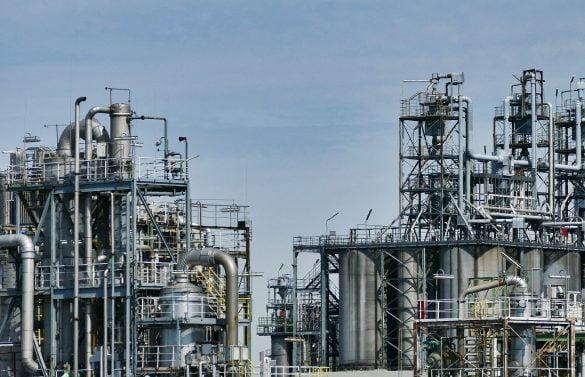 Fator de utilização das refinarias de petróleoatinge maior patamar desde o início da crise