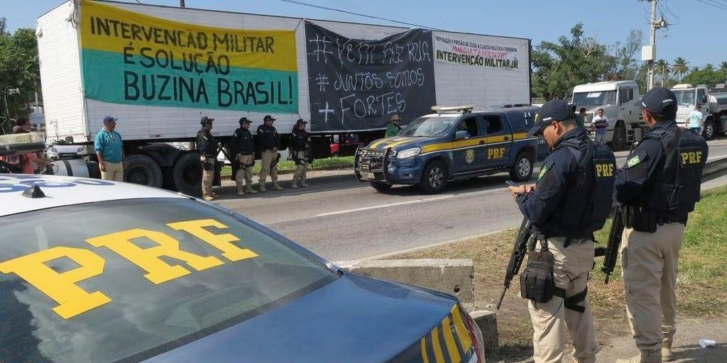 Clipping 1ª edição: Caminhoneiros cobram taxação de exportações de petróleo em carta a Bolsonaro
