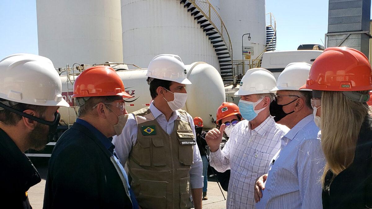 Comitiva do governo visita fábrica de biodiesel da Granol e conhece potencial brasileiro para produzir outros biocombustíveis