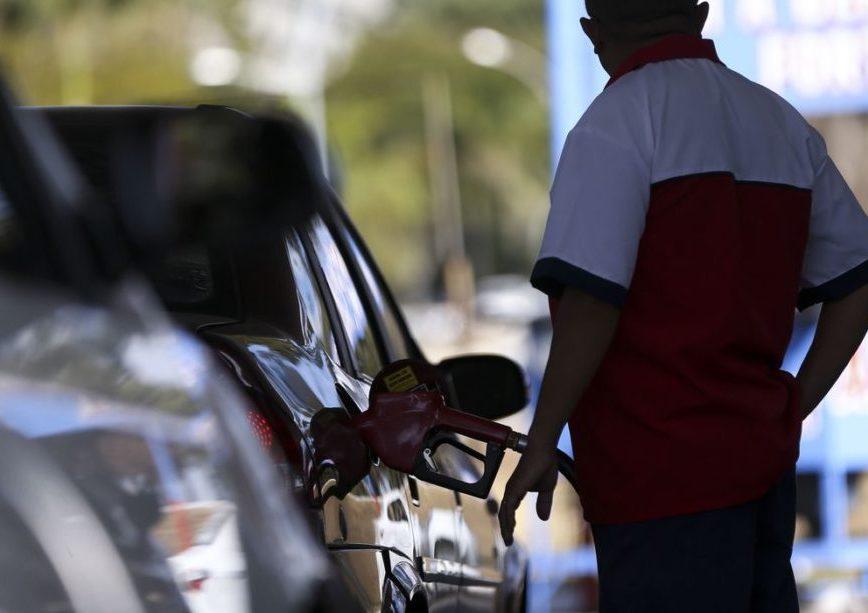 """Clipping 2ª Edição: Indústria critica redução do biodiesel aprovada por Bolsonaro: """"retrocesso"""""""